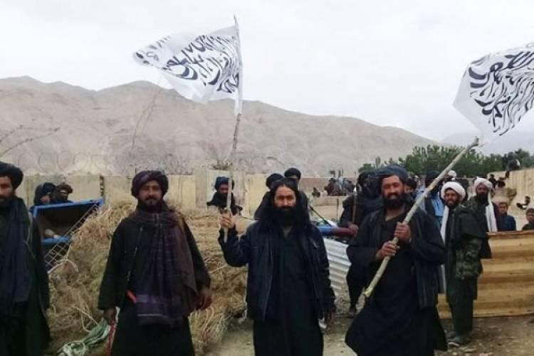 طالبان بندر آی خانم را به تصرف خود در آوردند