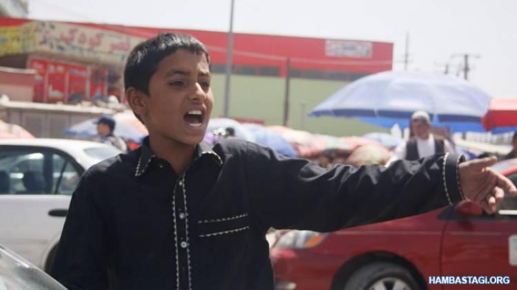 افزایش کودکانِ دستفروش موادمخدر در شهرکابل
