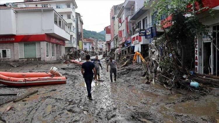 سرازیر شدن سیلاب در ترکیه جان 38 تن را گرفت